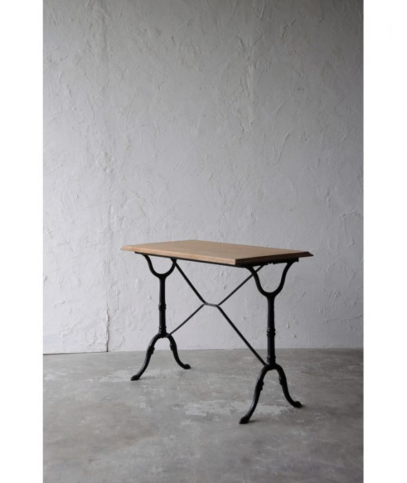 bistro table 3