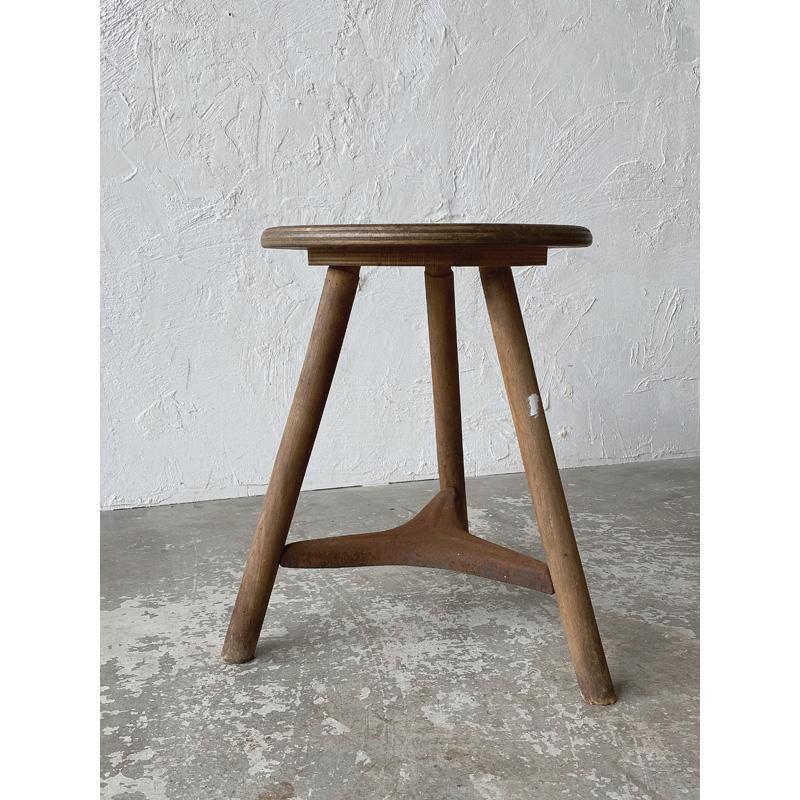 wood-ironstool-3