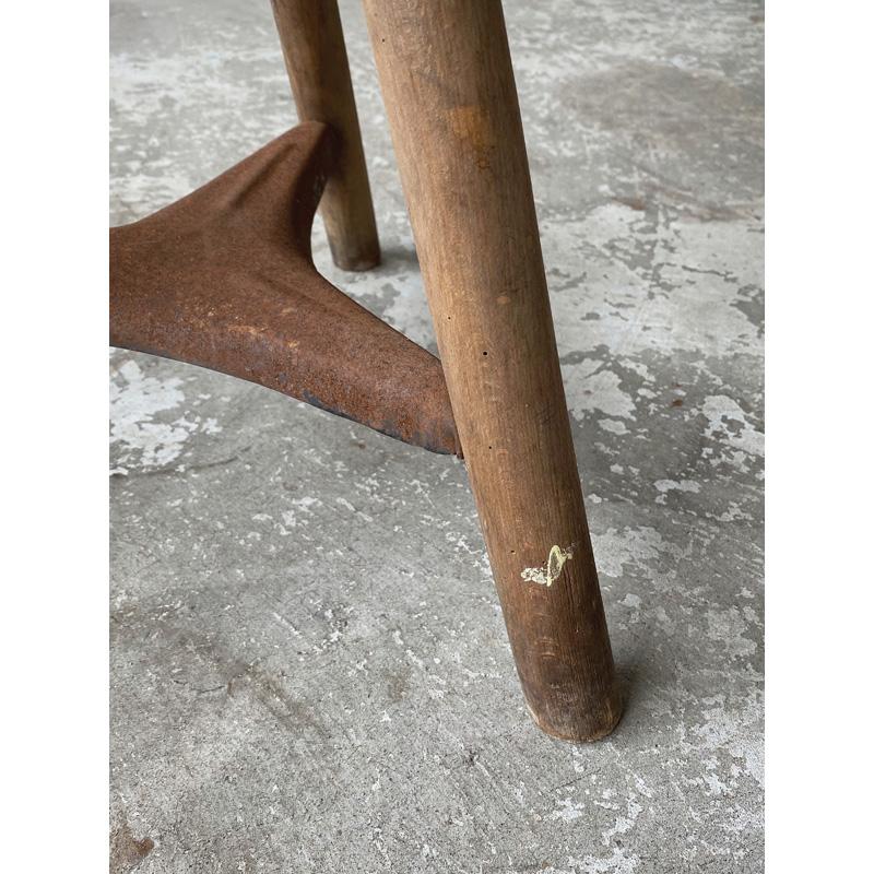 wood-ironstool-6