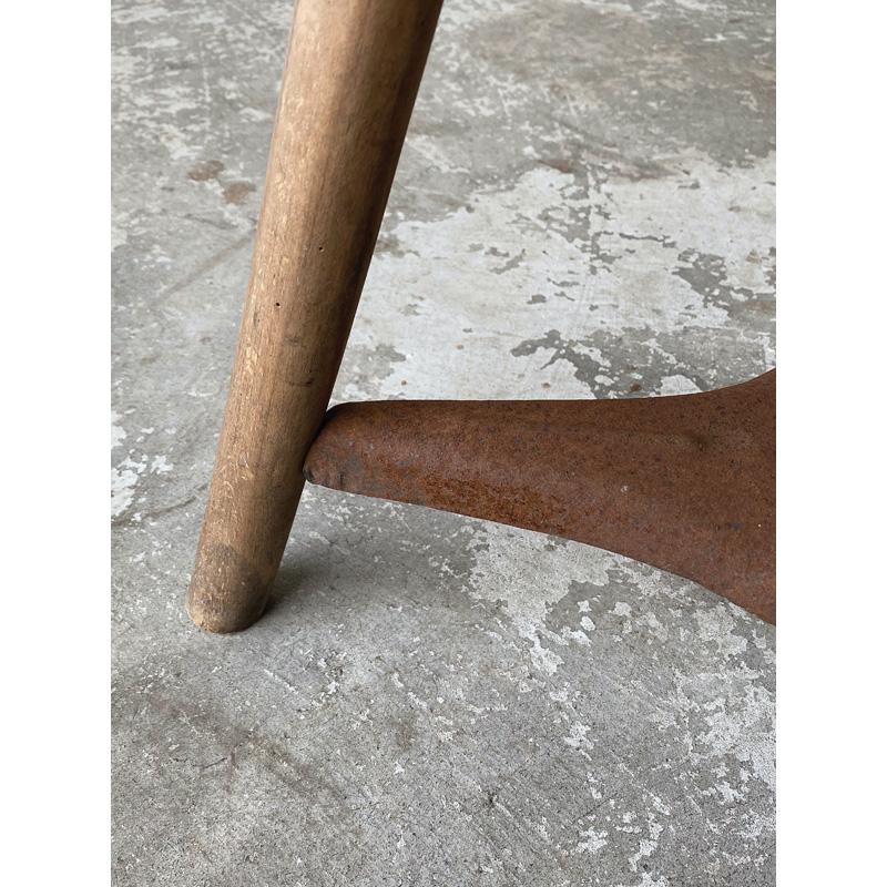 wood-ironstool-7