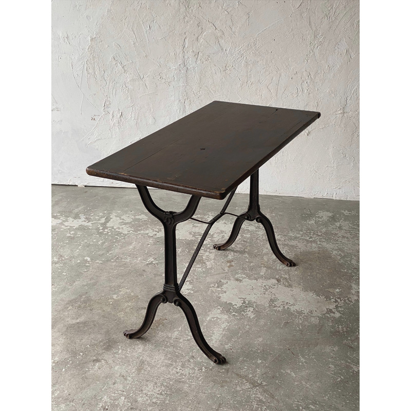 bistro table-2