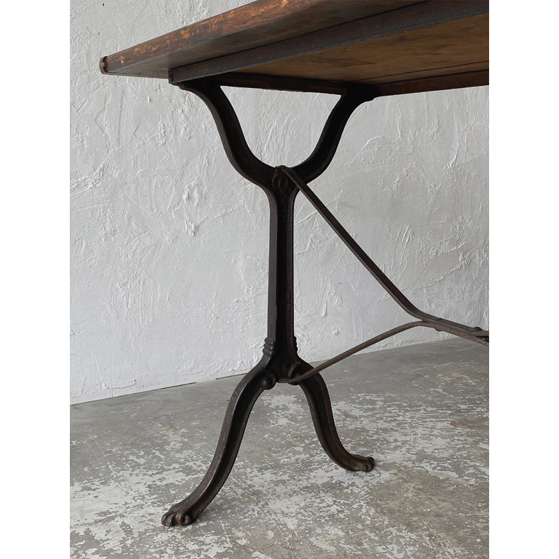 bistro table-9