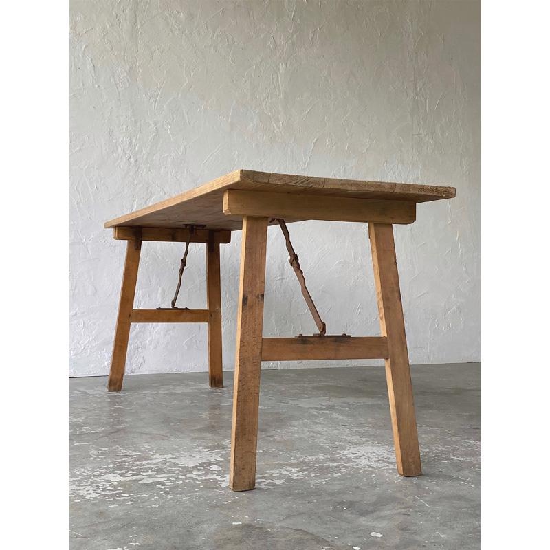 fr_folding_table-3