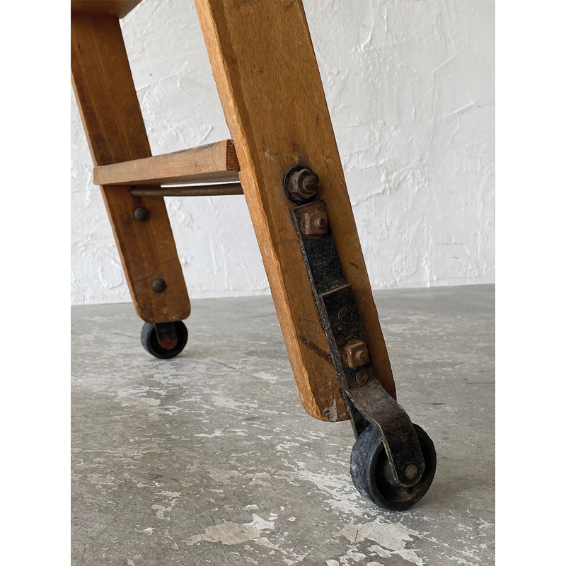 library ladder-15