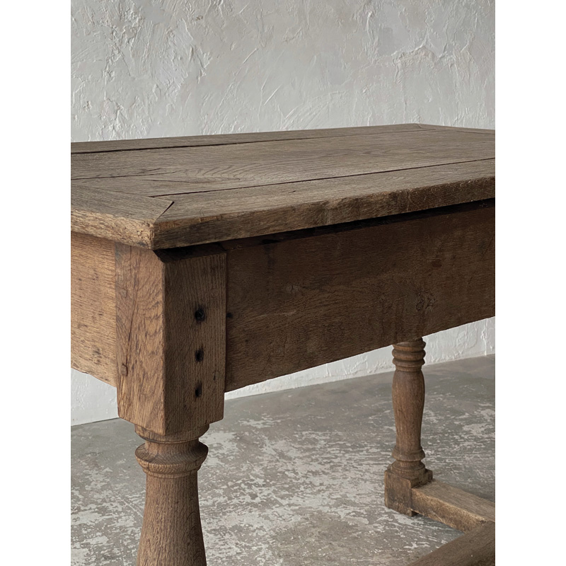 Normandy-table-11
