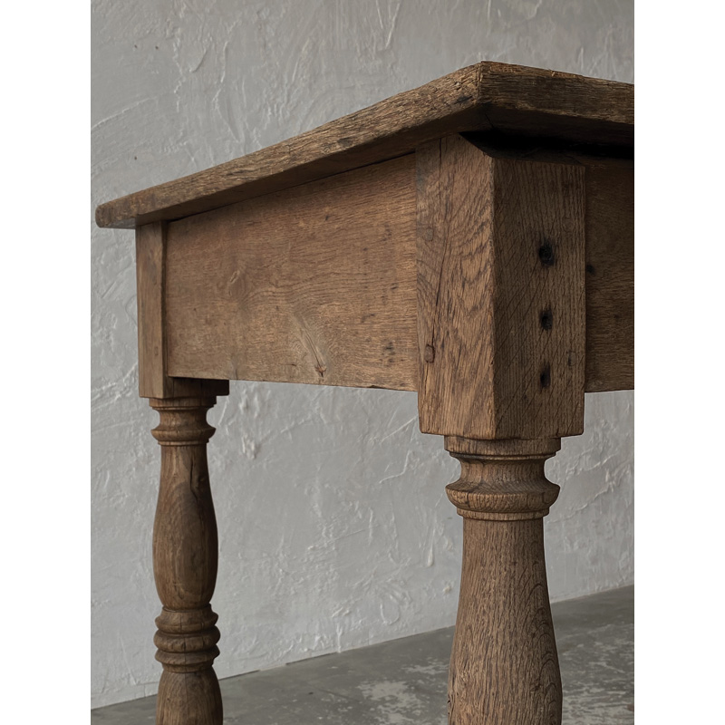 Normandy-table-13
