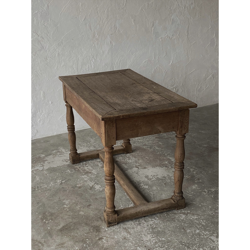 Normandy-table-3