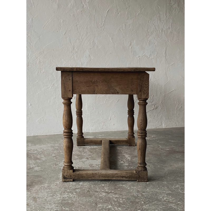 Normandy-table-4