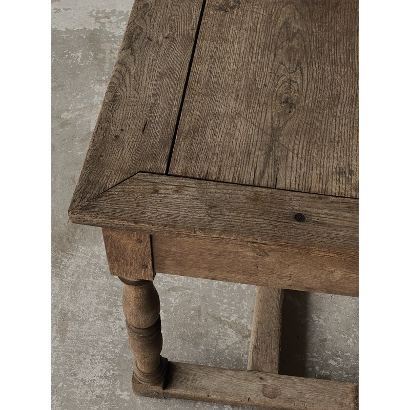 Normandy-table-8