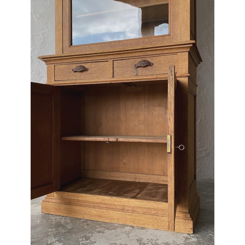 oak-glass-cabinet-16