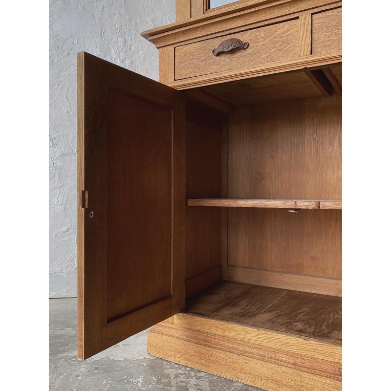 oak-glass-cabinet-18