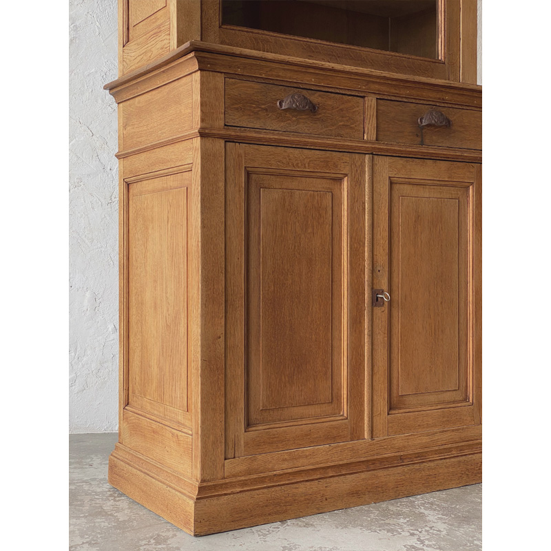 oak-glass-cabinet-19