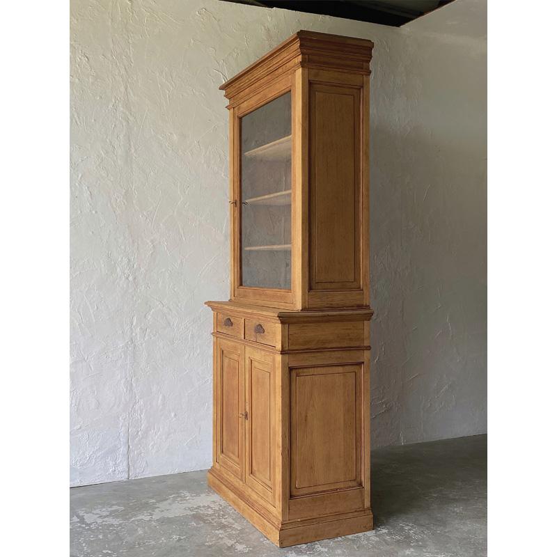 oak-glass-cabinet-3
