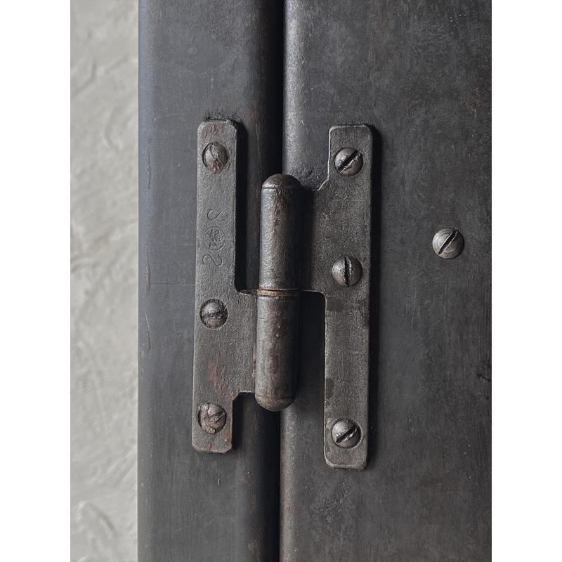 iron-cabinet-12