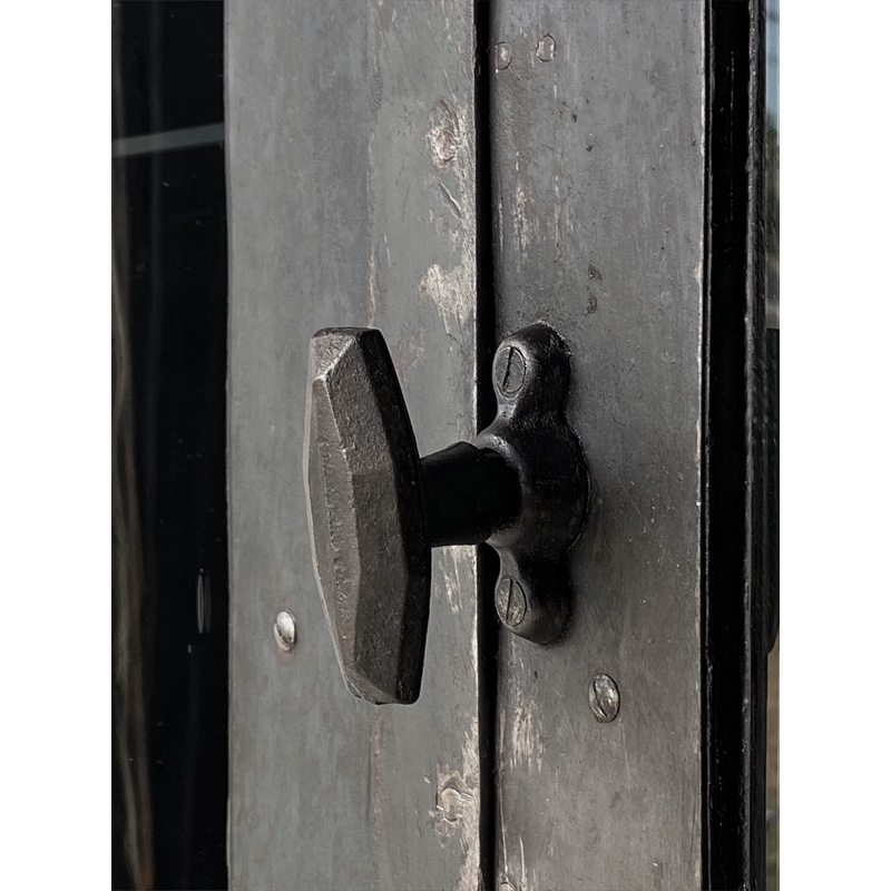 iron-cabinet-13