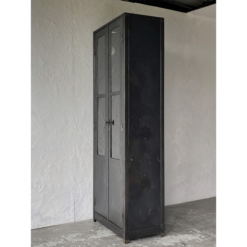 iron-cabinet-3