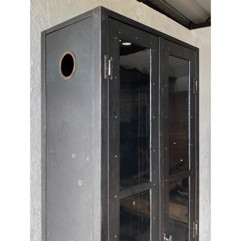 iron-cabinet-7