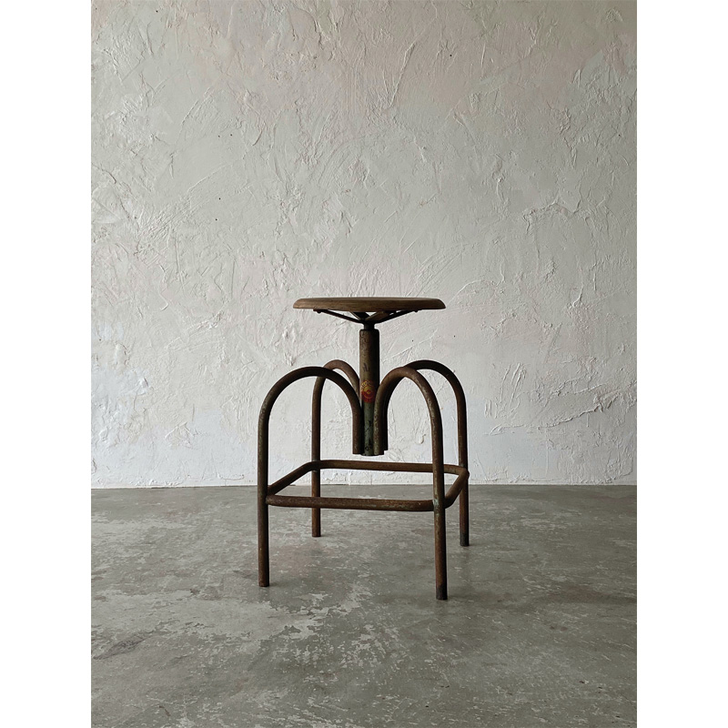 heliolithe-chair-new1