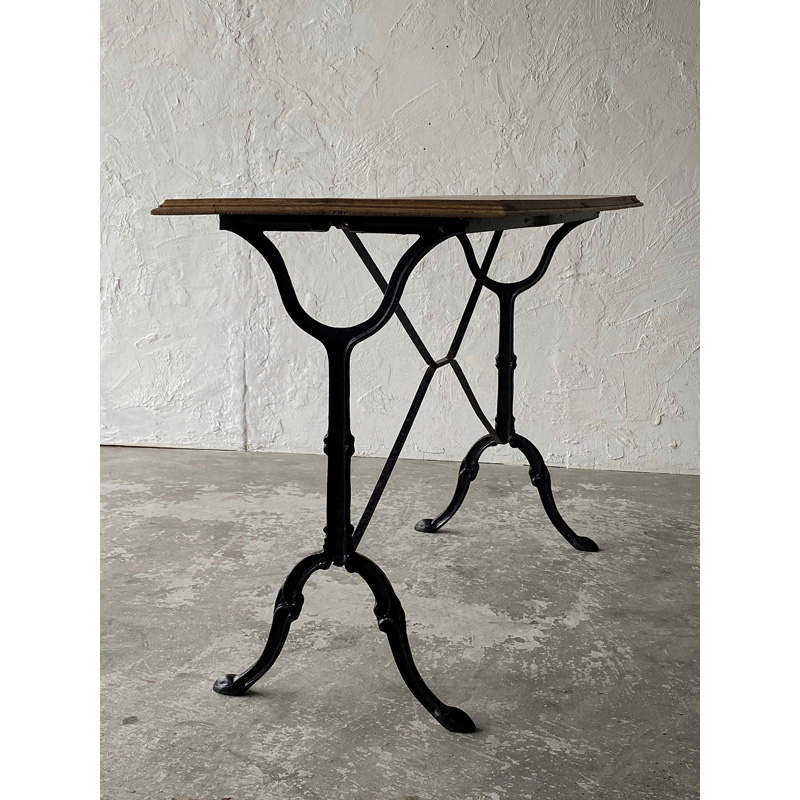 bistro-table2-3